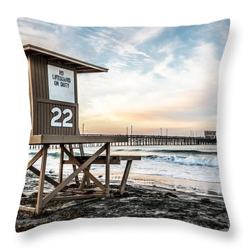 Newport Beach Pier And Lifeguard Tower 22 Photo Throw Pillow by Paul Velgos