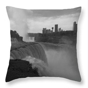 Niagara Falls - Autumn - B N W Throw Pillow