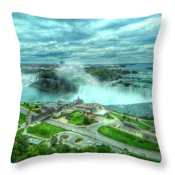 Niagara Falls Canada Throw Pillow