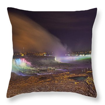 Niagara Falls Ice Bridge Throw Pillow by Richard Engelbrecht
