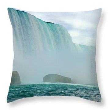 Niagara Falls Low Angle Throw Pillow by Charline Xia