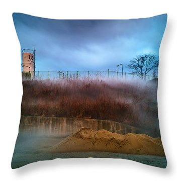 Nitrogen Fog Throw Pillow