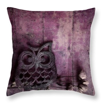 Nocturnal In Pink Throw Pillow by Priska Wettstein