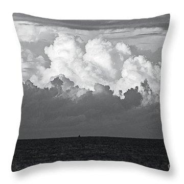 Tormenta Throw Pillows
