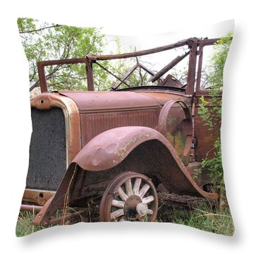 Oakland Throw Pillow