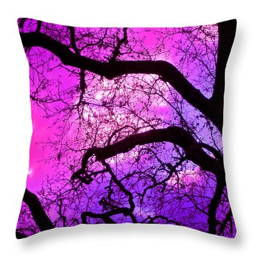 Oaks 17 Throw Pillow
