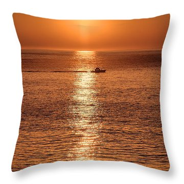 Ocean Sunrise At Montauk Point Throw Pillow