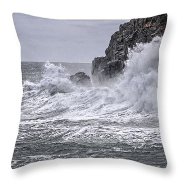 Ocean Surge At Gulliver's Throw Pillow by Marty Saccone