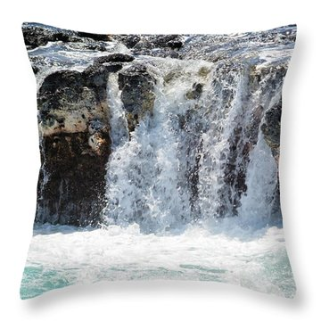 Ocean Waves Near Spouting Horn Throw Pillow