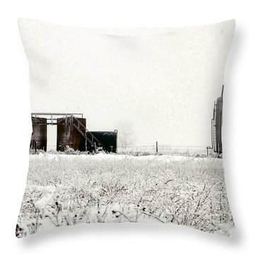 Oklahoma Wellsite Throw Pillow