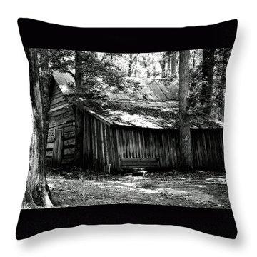 Old Barn In Georgia Throw Pillow