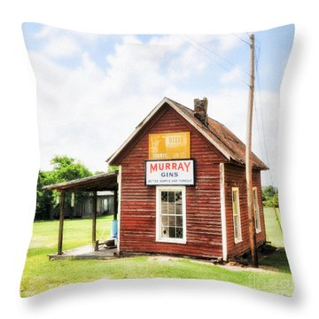 Old Country Cotton Gin Store -  South Carolina - I Throw Pillow