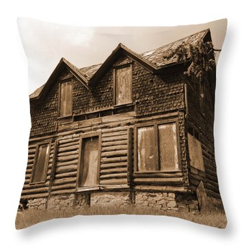 Old Cripple Creek Cabin Throw Pillow