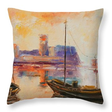 Old Dunbar Harbour Throw Pillow