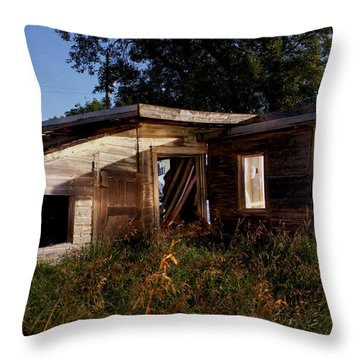 Old Home Throw Pillow