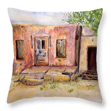Old House In Clovis Nm Throw Pillow