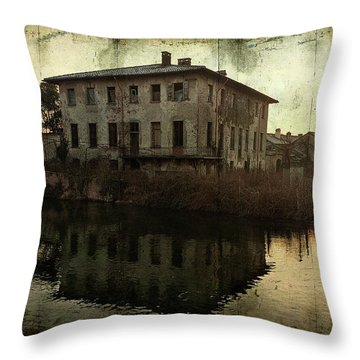Old House On Canal Throw Pillow