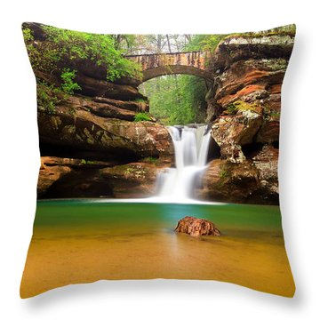 Old Man's Cave Upper Falls Throw Pillow