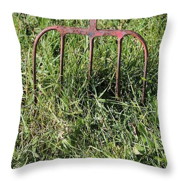 Old Pitch Fork Throw Pillow