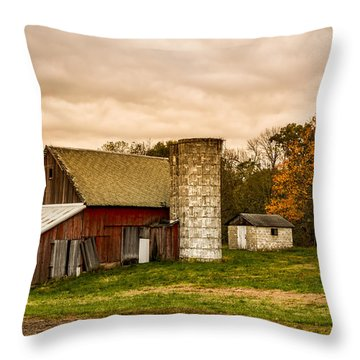 Old Red Barn And Silo Throw Pillow