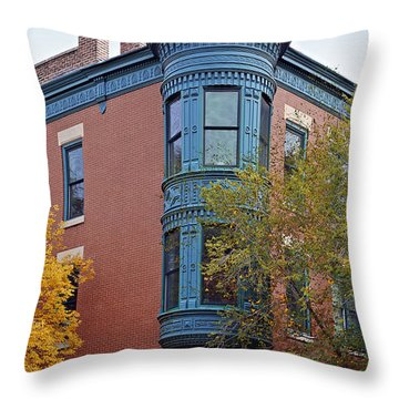 Old Town Triangle Chicago - 424 W Eugenie Throw Pillow by Christine Till