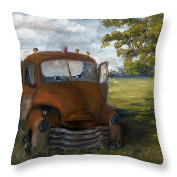 Old Truck Shreveport Louisiana Wrecker Throw Pillow
