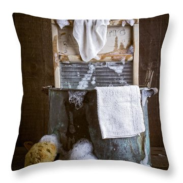 Old Wash Tub Throw Pillow