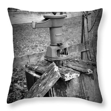 Old Water Pump Bw Throw Pillow