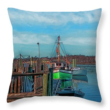 On The Dockside Bristol Rhode Island Throw Pillow