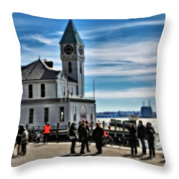 On The Pier In New York City Throw Pillow
