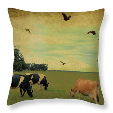 On This Green Earth Throw Pillow by Jan Amiss Photography