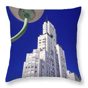 Throw Pillow featuring the photograph Onyric City by Bernardo Galmarini
