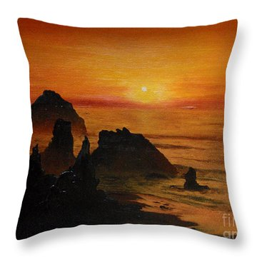 Oregon Sunset Throw Pillow by Suzette Kallen