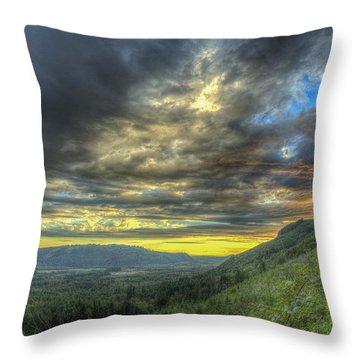 Oso Valley Throw Pillow