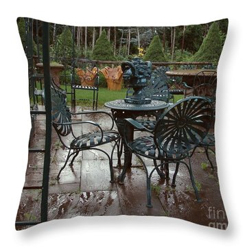 Outdoor Cafe Throw Pillow