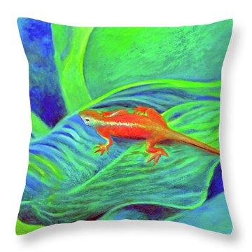 Outer Banks Gecko Throw Pillow