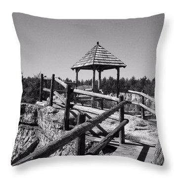 Overlook In The Shawangunks Throw Pillow