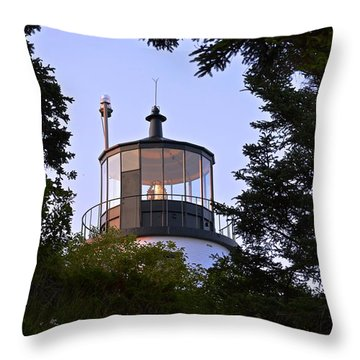 Owl's Head In The Trees Throw Pillow