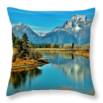 Throw Pillow featuring the photograph Oxbow Autumn by Benjamin Yeager