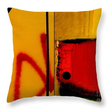 p HOTography 154 Throw Pillow by Marlene Burns