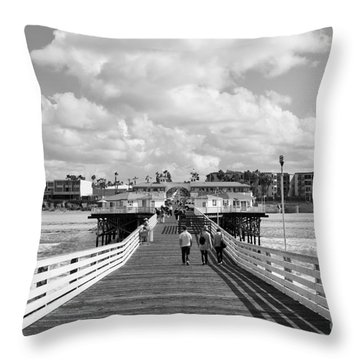Pacific Beach From Crystal Pier Throw Pillow