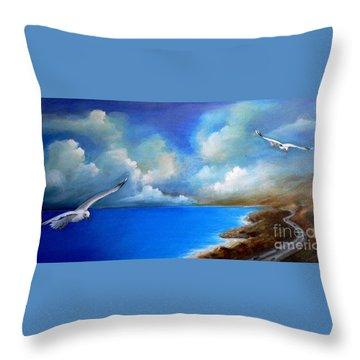 Susi Throw Pillows