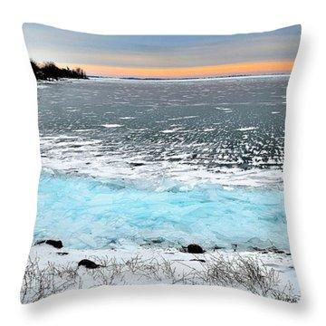 Panorama Freeze - Horsey Bay - Kingston - Canada Throw Pillow