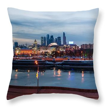 Panoramic View Of Moscow River - Kiev Railway Station And Square Of Europe - Featured 3 Throw Pillow by Alexander Senin