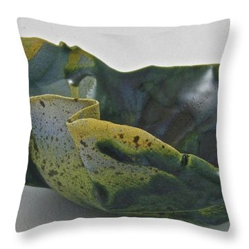 Paper-thin Bowl 09-015 Throw Pillow