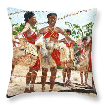 Papua New Guinea Cultural Show Throw Pillow