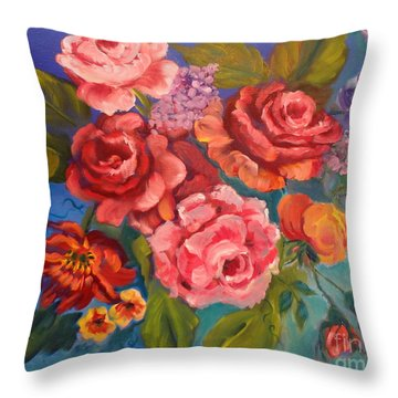 Parade Of Roses 11 Throw Pillow