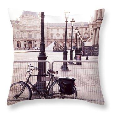 Paris Bicycle Louvre Museum - Paris Bicycle Street Lantern - Paris Bicycle Louvre Museum Street Lamp Throw Pillow