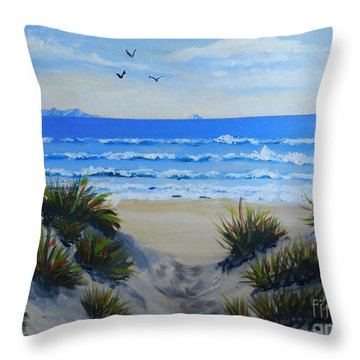 Path Through The Sand Dunes Throw Pillow