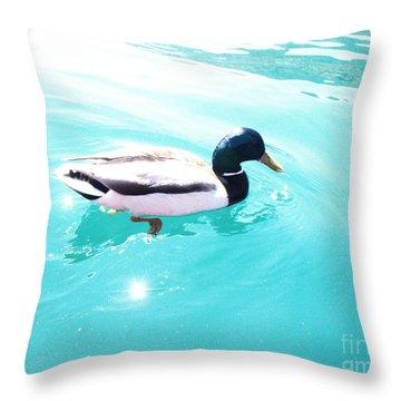 Pato Throw Pillow